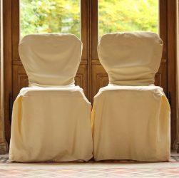 chaises avec housse